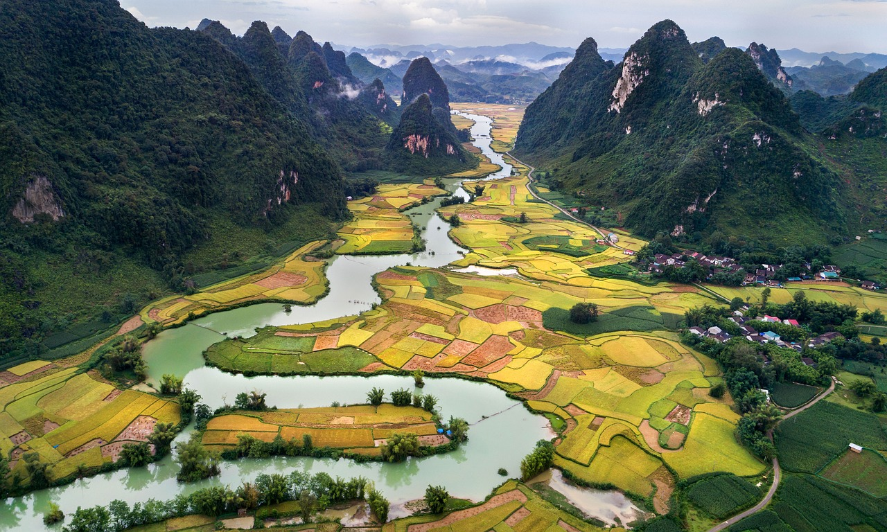 How To Get A Travel Visa For Vietnam